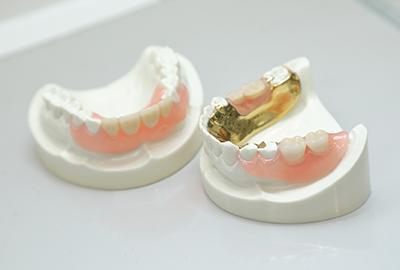 快適な義歯のご案内